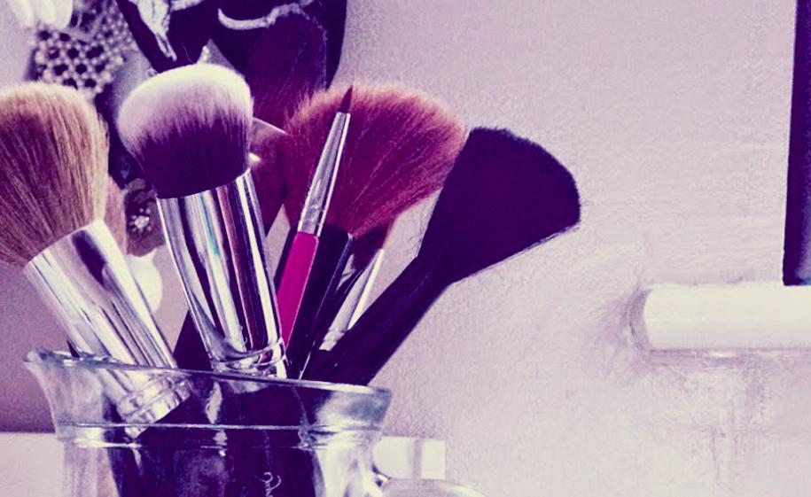 jak wybrać pędzel do makijażu?