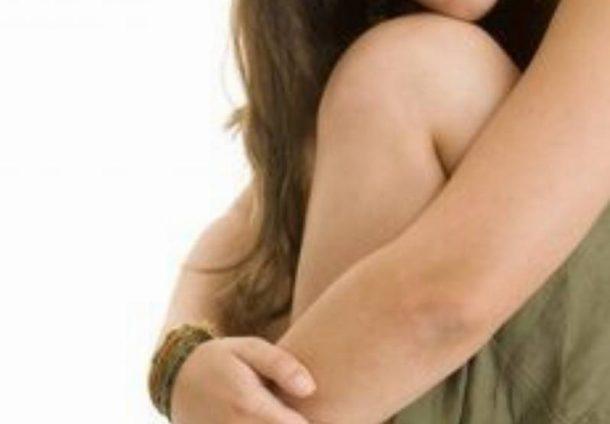 sposoby na suchą skórę łokci i kolan